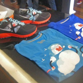 Chicago Lunarglides and Chicago edition running shirt.