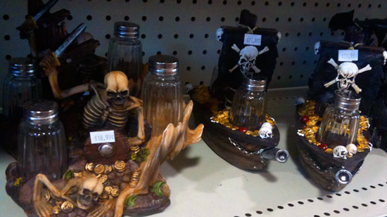 Skeleton Pirate Salt and Pepper shaker